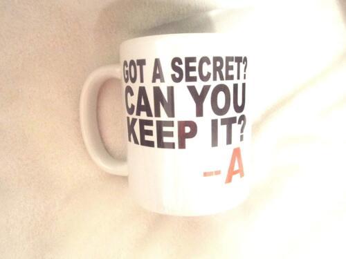 11 Oz A un secret peut vous garder environ 311.84 g Mug Céramique Cadeau Noël Anniversaire Noël