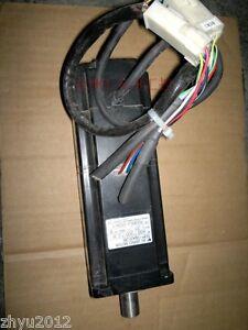 1pcs Used Yaskawa Servo Motor SGM-04A312B Tested