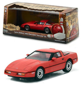 1985-CHEVROLET-CORVETTE-c4-Larry-seller-The-Big-Lebowski-1-43-Greenlight-86497