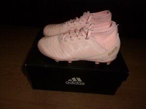 Adidas Predator 18.3 FG Pink kids football boots size 11.5 (boxed)