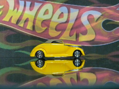 1996 Hot Wheels Legends Customized /'37 Ford Smoothster Yellow
