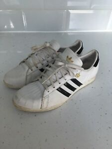 competitive price b035e 8fda6 Image is loading Adidas-Originals-Sleek-Series-White-Leather-Trainers-Size-