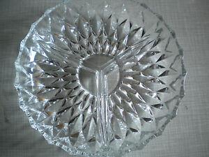 3-geteilte-Glas-Schale-Schuessel-fuer-Knabbereien-Konfekt-vintage
