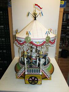 Sublime Grande Märklin 16121 Tôle Carrousel Avec Jeu Usine Et Figurines Ovp 57cm