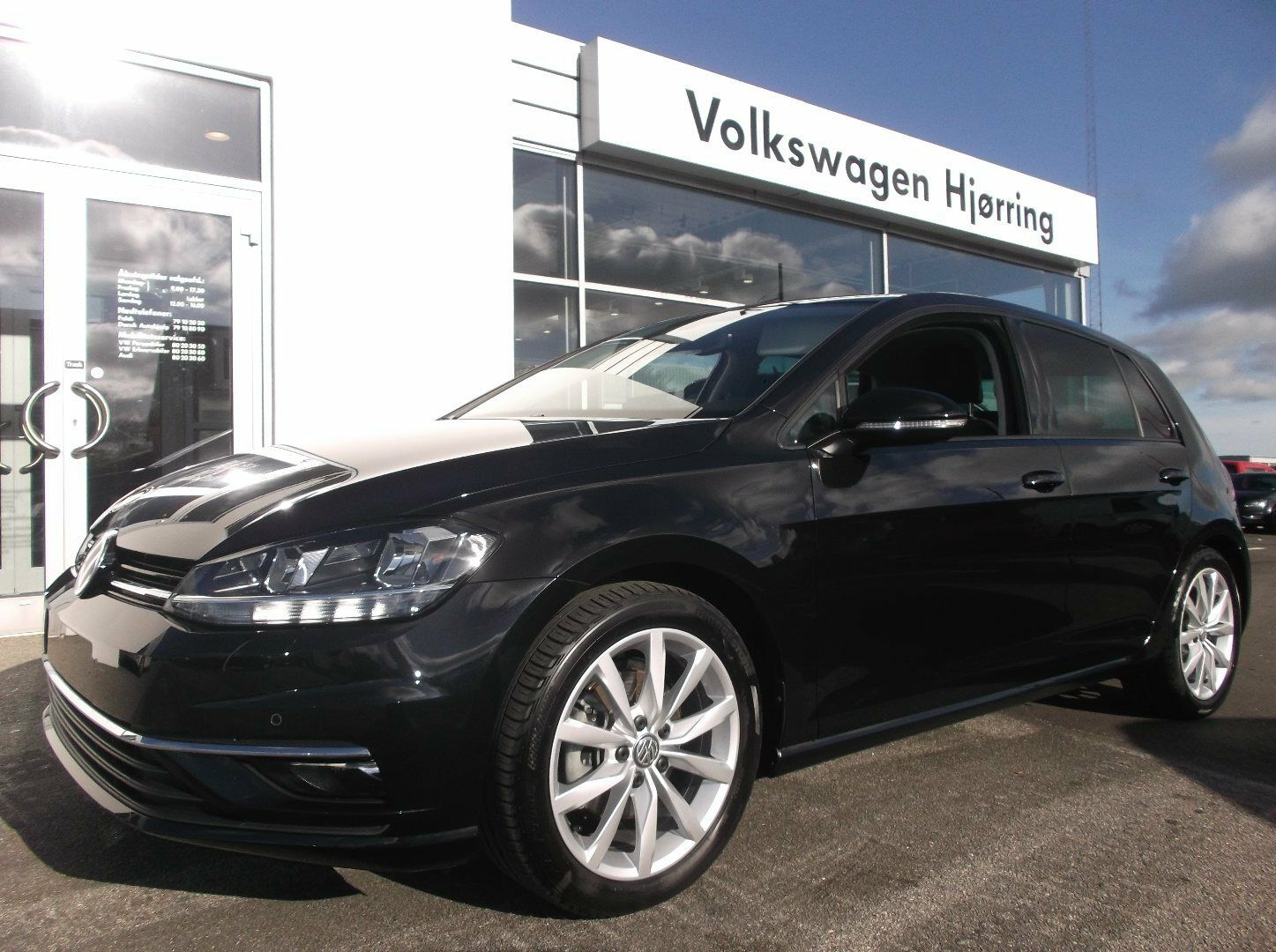 VW Golf VII 1,5 TSi 150 Highline DSG 5d - 295.000 kr.