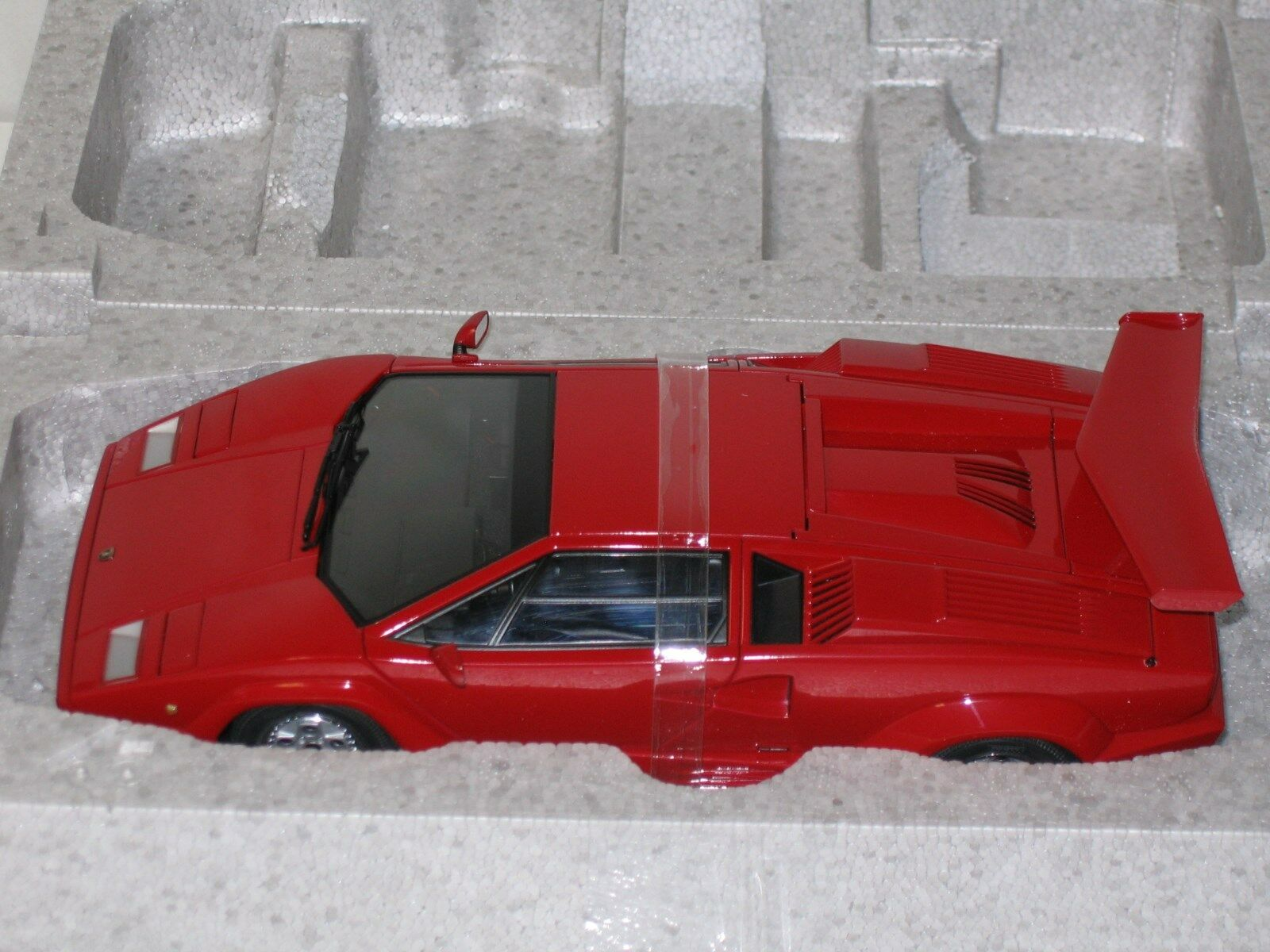 1/18 AUTOART LAMBORGHINI COUNTACH 25TH ANNIVERSARY RED NEW