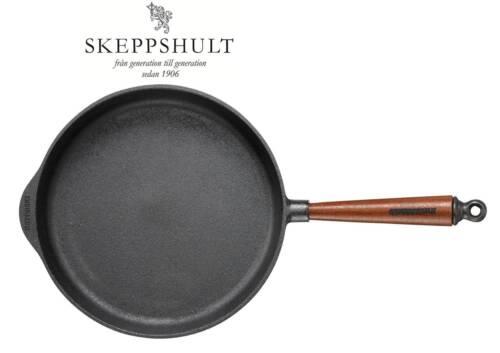 Höhe 5,5 cm mit Walnussholzgriff Skeppshult Gusseisen Servierpfanne Ø 28 cm