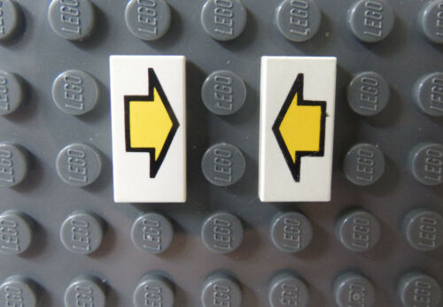 LEGO Lot of Two White Tile 1x2 with Yellow Arrow 6973 6464 5591 6887 6973 6933