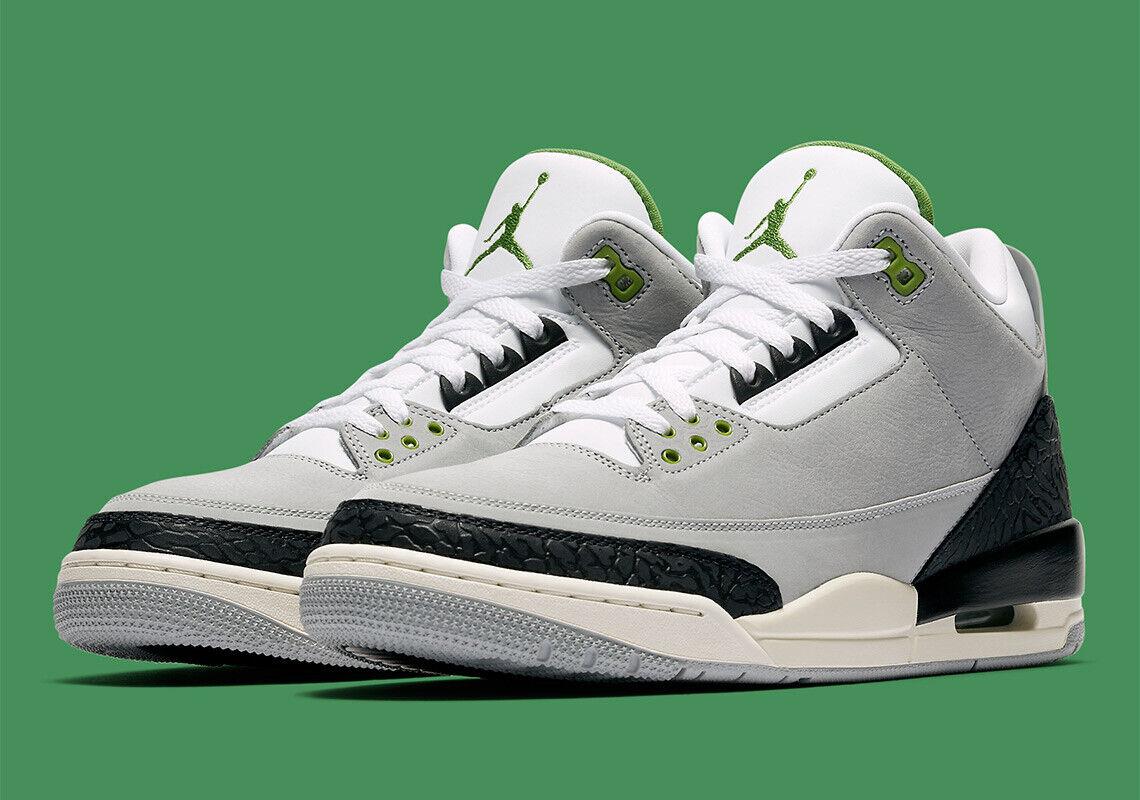 2018 Nike Air Jordan 3 Retro size 15. Chlgoldphyll. Grey Green Sail. 136064-006.