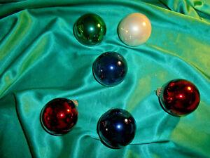 6-alte-Christbaumkugeln-Glas-bunt-rot-weiss-gruen-blau-Vintage-Weihnachtskugeln