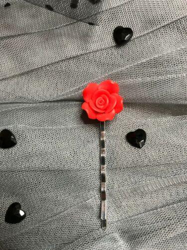 Noir rose rouge cœur Cheveux Bobby Pin Grip Diapositive Clips Goth Fleur Boho Parti Glam