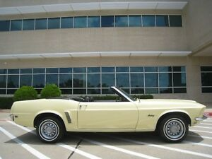 1969-Ford-Mustang-Convertible