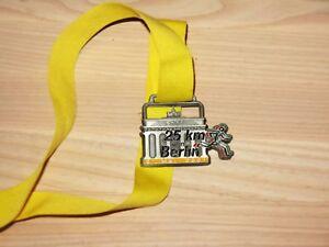 TOP RAR Pokale & Preise 25 KM VON BERLIN MARATHON 1995 MEDAILLE ORIGINAL TEILNEHMER FINISHER