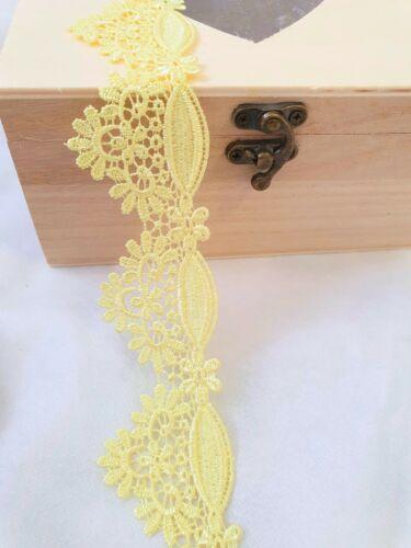 4.5cm Amarillo Blonda a mano ajuste del cordón de Venecia magnífico para el diseño de costura