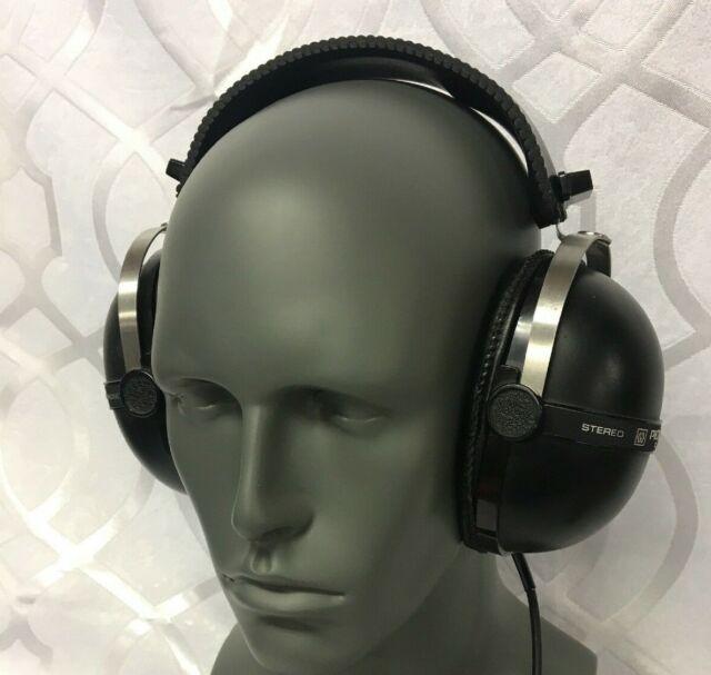 Vintage Pioneer SE-205 Headphones 1970's