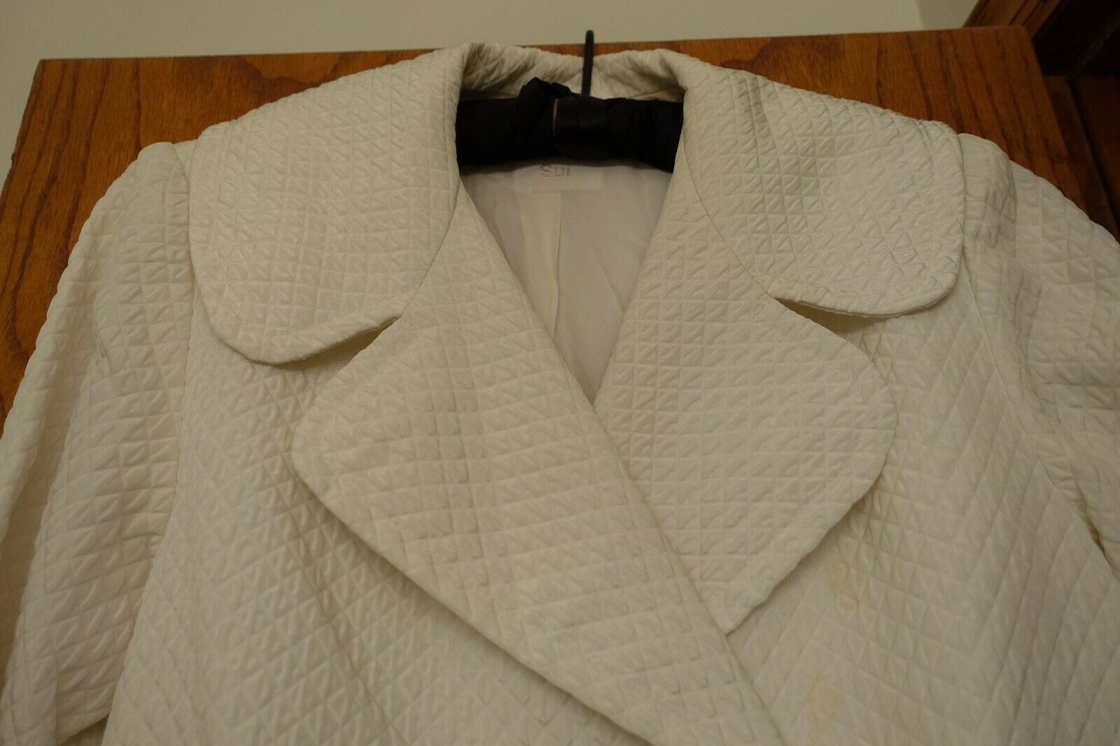 ANNA SUI VINTAGE 1990S WHITE QUILTED WIDE COLLAR … - image 4