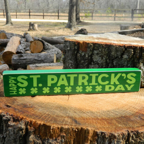 Wooden Shelf Sitter 6 Different Color Combinations! Patrick/'s Day Happy St