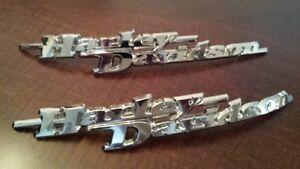 Harley-Davidson-Tank-Embleme-Tankembleme-Tankschilder-Paar-61830-08-61831-08