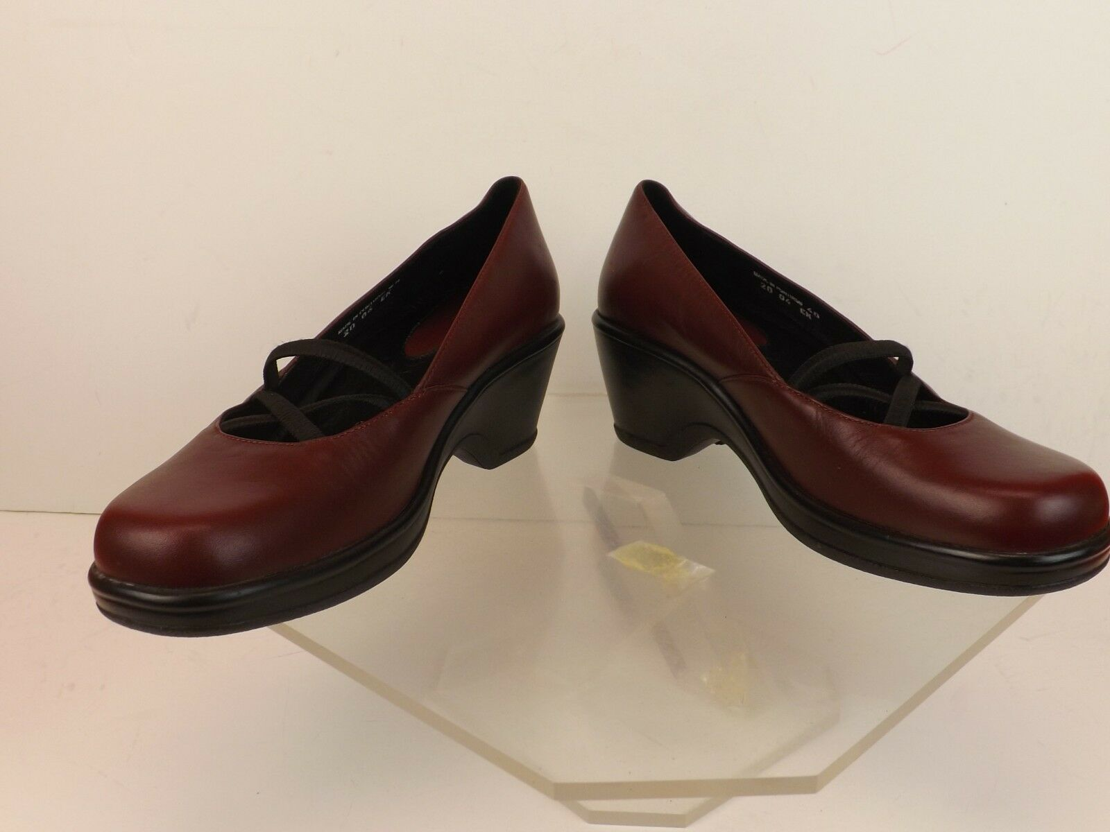 NWB DANSKO BURGUNDY LEATHER ELASTIC CRIS-CROSS MARY JANE STRAP CLOGS 38 PORTUGAL