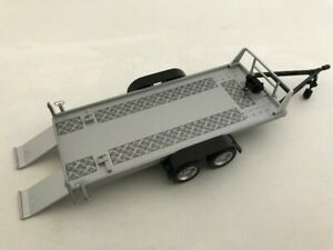 CARARAMA-157-002-CAR-TRAILER-twin-axle-with-two-ramps-silver-1-43rd-scale
