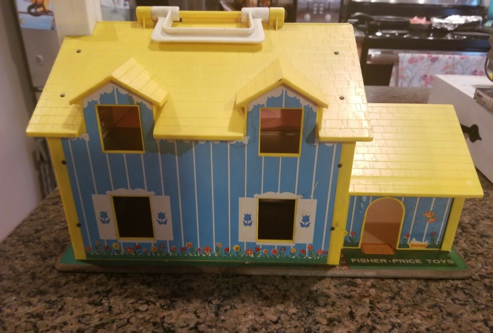 Vintage Fisher Price Little People Play Family Family Family Yellow House 28 pcs 5cd0b9
