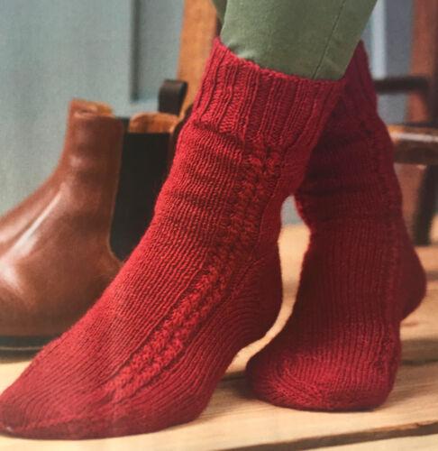 Knitting Pattern femmes Câble à rayures à motifs cheville chaussettes Câblés Pattern