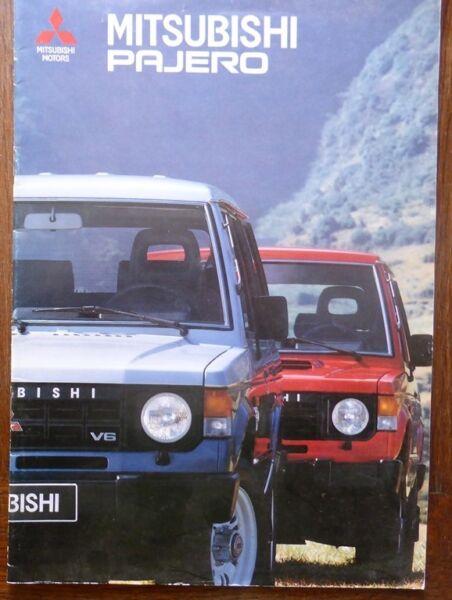 Catalogue Prospectus Publicitaire 4x4 Mitsubishi Pajero 1989 Sonauto Gris Rouge We Nemen Klanten Als Onze Goden