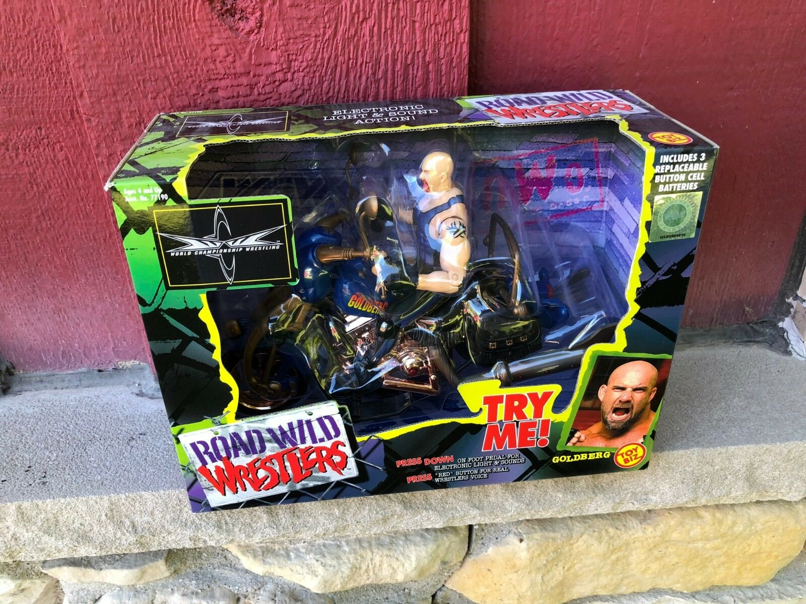 1999 NRFB WCW NWA Road Wild Wrestlers Motorcycle goldberg - Toy Biz  (s22)
