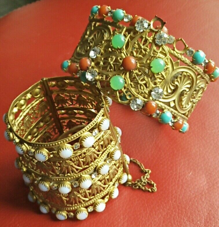 Bracelet Cuff and Tour of Arm Oriental Antique