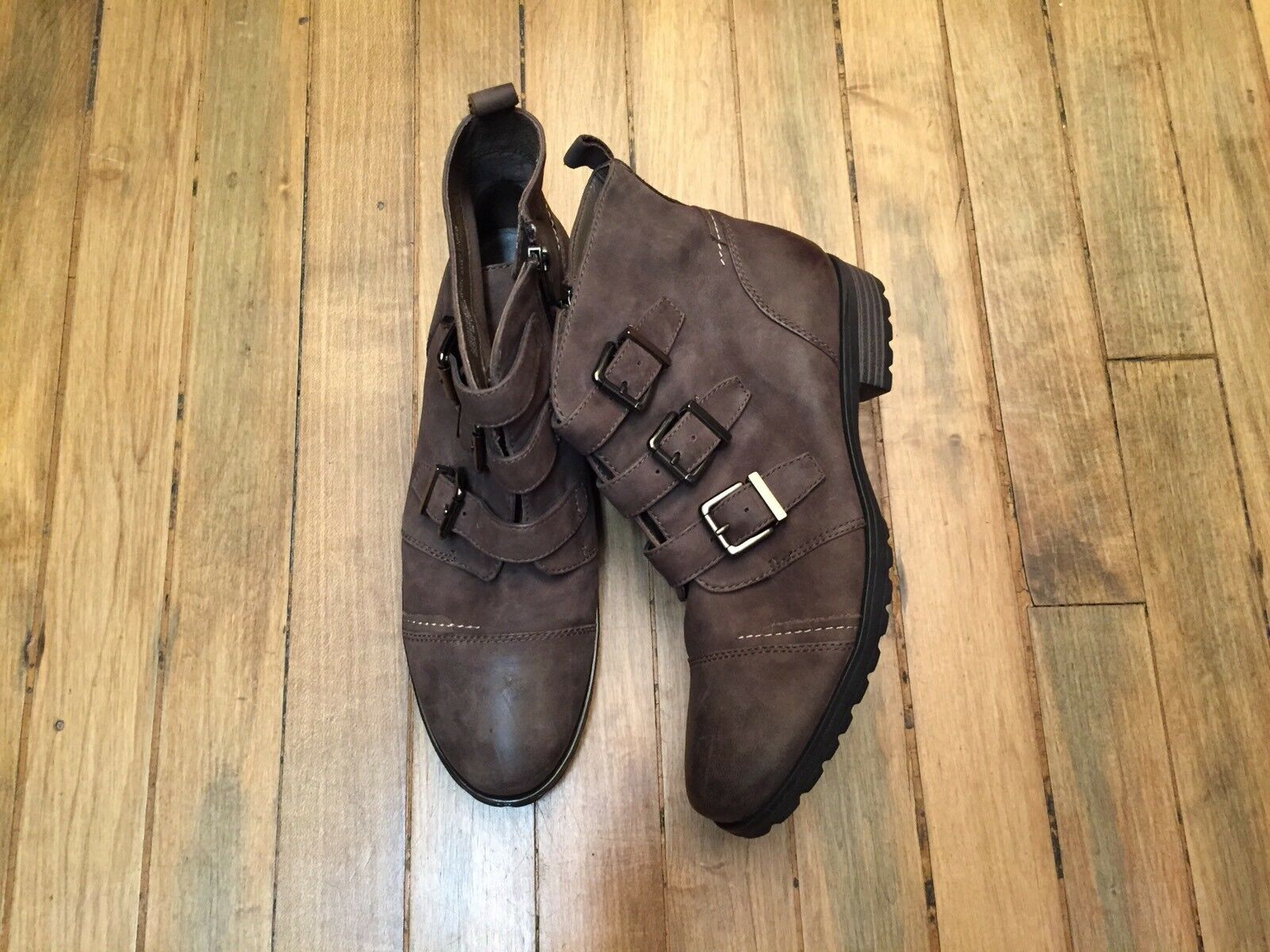 EARTHIES CARLOW LEATHER ANKLE BOOTS NEU SIZE 8.5