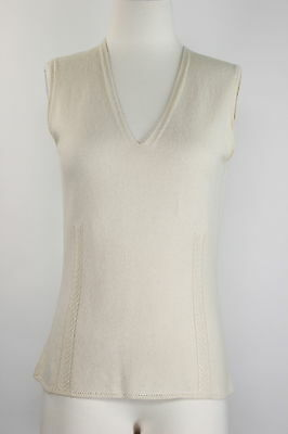 Emauel Ungaro Cashmere Sleeveless Ivory Knit Tank Career Work Cable V Neck Sz. M