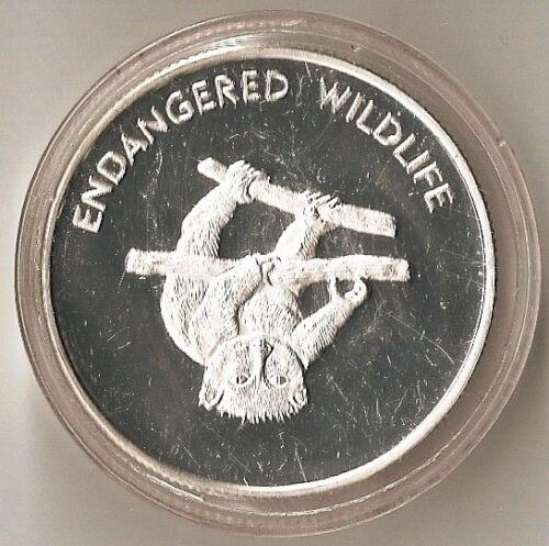 HEAVY PROOF COIN MALAWI 10 KWACHA 2005 ENDANGERED WILDLIFE LEMUR ON BRANCH
