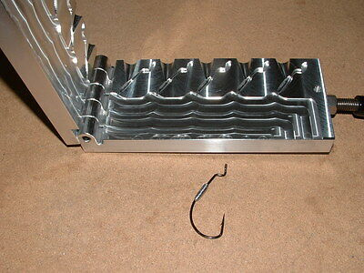 5 Pc 3//4 oz Tube Jig Head 60° Gamakatsu 4//0 EWG Hook Stupid Rig
