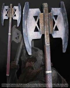 Licensed-Lord-of-the-Rings-Gimlis-Axe-Prop-Replica-The-Noble-Collection