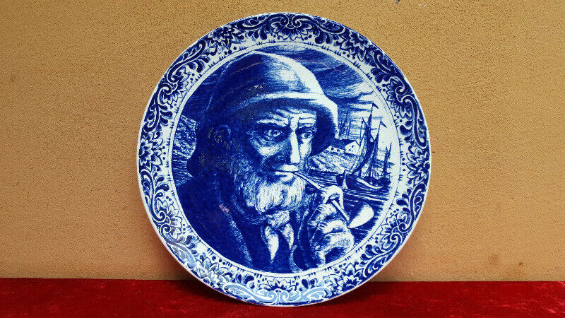Old Boch, Old Man blue & white wall plate.