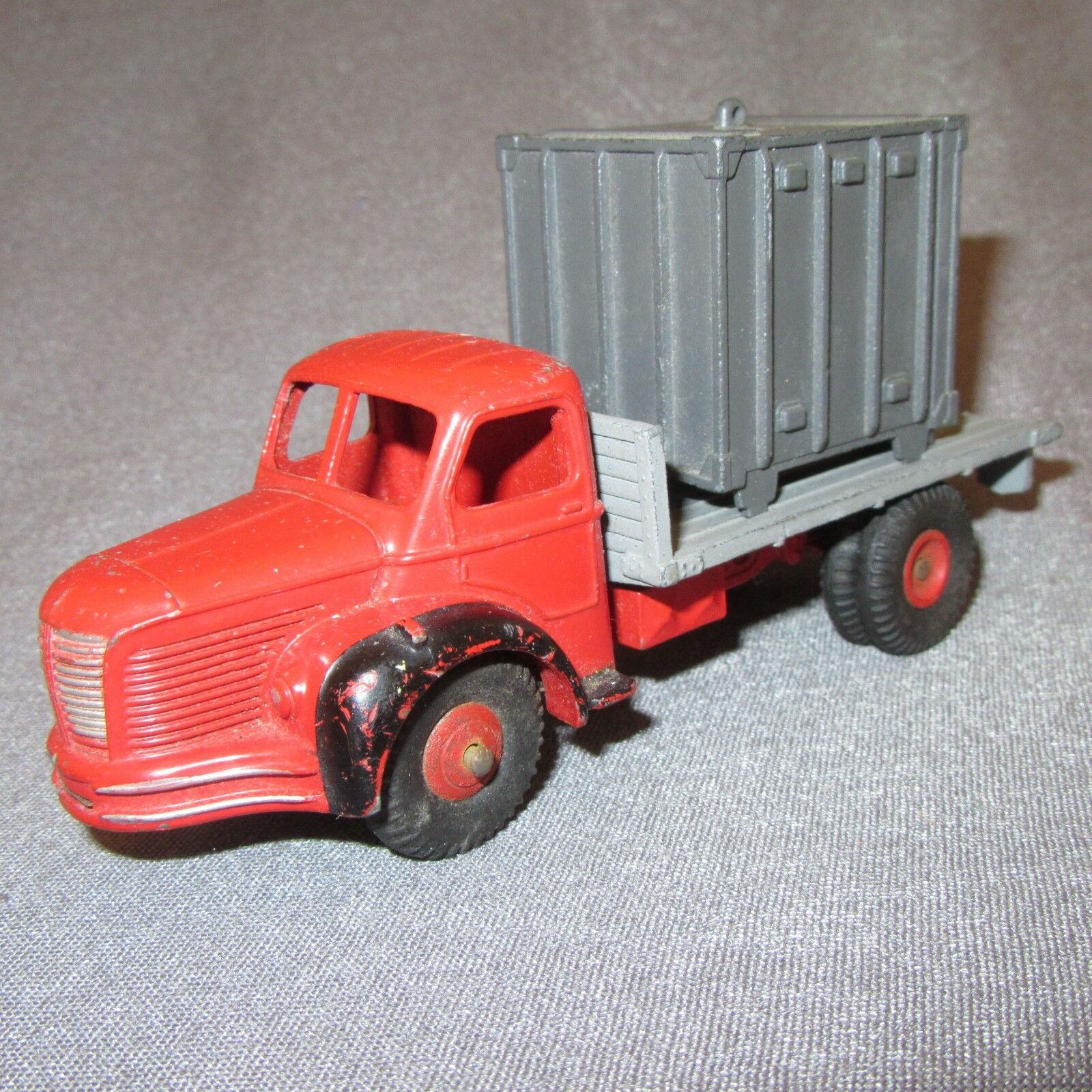 267D Vintage Dinky 34B Berliet Tablett Container