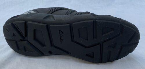 BNIB Clarks Boys Luminous Max Black Leather Trainers F//G Fitting
