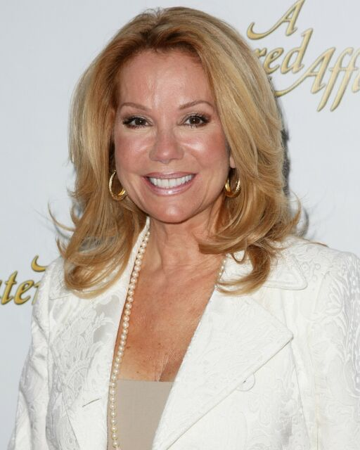 Kathie Lee Gifford 8x10 Glossy Photo Picture Image #2 For
