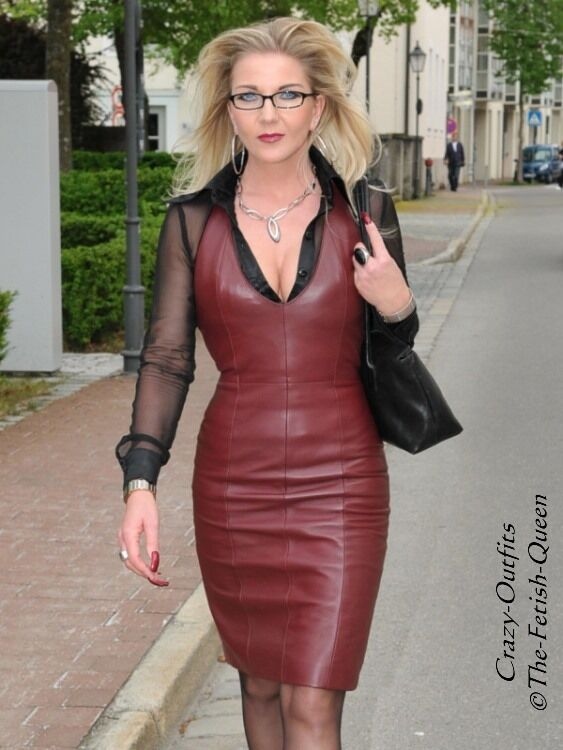 Lederkleid Leder Kleid Burgunder Neckholder Mini Größe 32 - 58 XS - XXXL