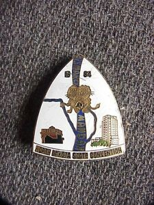 Vintage 1984 North Dakota State Convention Lions Club Enamel Souvenir Pin