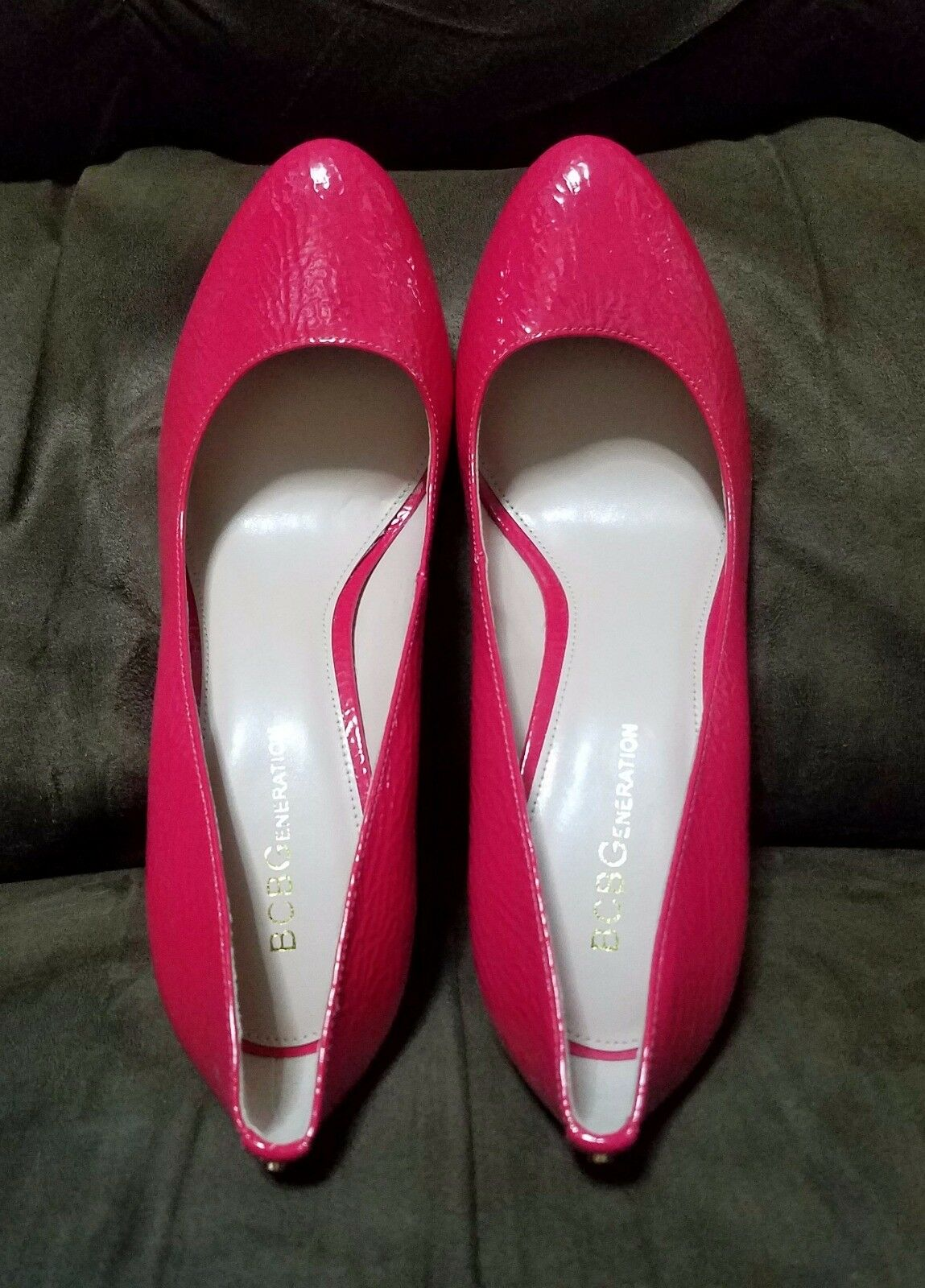 NEW BCBGeneration Fall Damens Schuhes Leigh Patent Leder ROT Pumps Fall BCBGeneration 2017 sz 7 015a9f