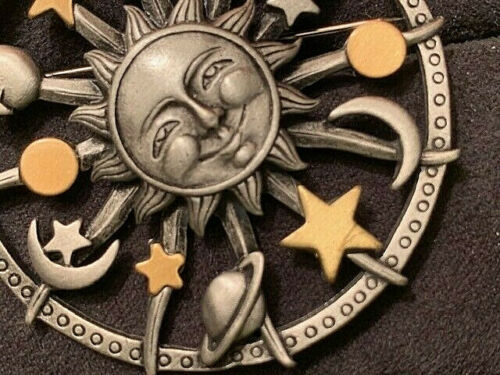 VINTAGE Two Tone Celestial Pin of Smiling Sun w/Mo
