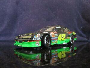 ACTION 1:24 1994 Pontiac Diecast Car #42 Kyle Petty Mello Yello Rare!