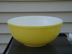Details About Pyrex 4 Qt Yellow 404 Mixing Bowl Mid Century Modern 10 5 Wide
