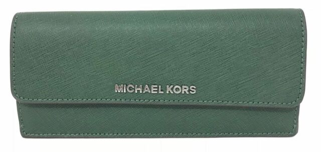 1cc29c87c355 NWT Michael Kors Jet Set Travel Saffiano Leather Wallet 32F3GTVE7L MOSS