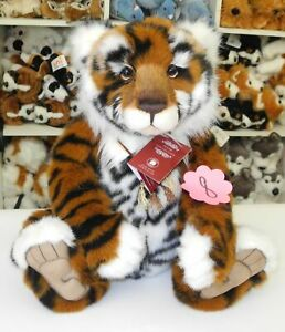 Charlie-Bears-Tiger-Konig-ca-48cm-gross-2020-Collection-Nr-8