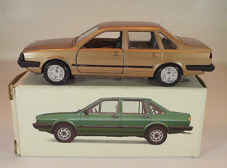 grandes ofertas Conrad 1 43 Volkswagen VW santana GL GL GL metalizado bronce en werbebox  2147  precios bajos todos los dias