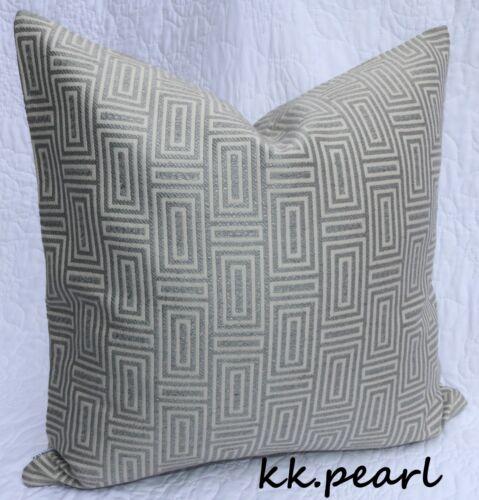 """tissu gris 18/"""" * JOHN LEWIS Kalambo élégant gras Géométrique Housse de coussin"""