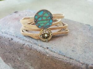 womens-handmade-tan-leather-bohemian-wrap-with-turquoise-gem-amp-compass