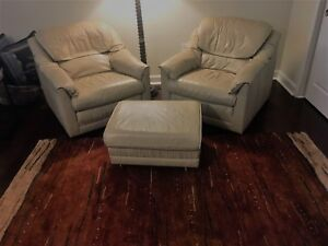 Terrific Details About Natuzzi Leather Club Chairs And Ottoman Excellent Condition Very Comfortable Squirreltailoven Fun Painted Chair Ideas Images Squirreltailovenorg